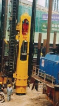 Сваебойная установка BSP CG300 установленная на буровой установке